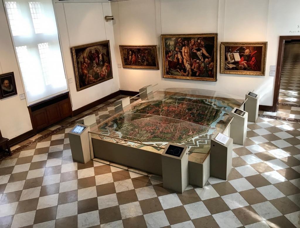Salle du plan relief de Douai