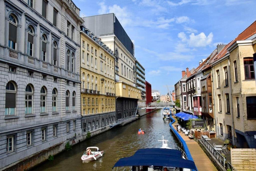 aménagement du canal à Gand