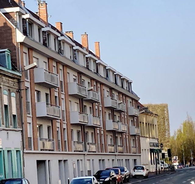 Bâtiments des années 70 rue des Wetz Douai